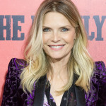 Michelle+Pfeiffer+Family+World+Premiere+Red+tcGTymC7FKBl