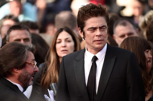 Benicio+Del+Toro+Sicario+Premiere+68th+Annual+NKNRoGAIRwMl
