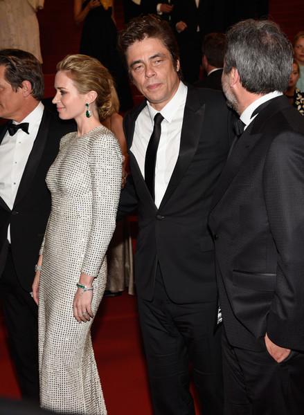 Benicio+Del+Toro+Sicario+Premiere+68th+Annual+UkuGSaooaBql