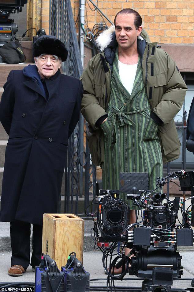 4852E8A600000578-5290005-Two_bosses_Martin_Scorsese_left_is_seen_with_Bobby_Cannavale_rig-m-43_1516397888730