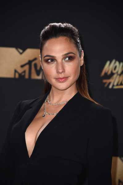 Gal+Gadot+2017+MTV+Movie+TV+Awards+Arrivals+jZSYlU2aMKwl