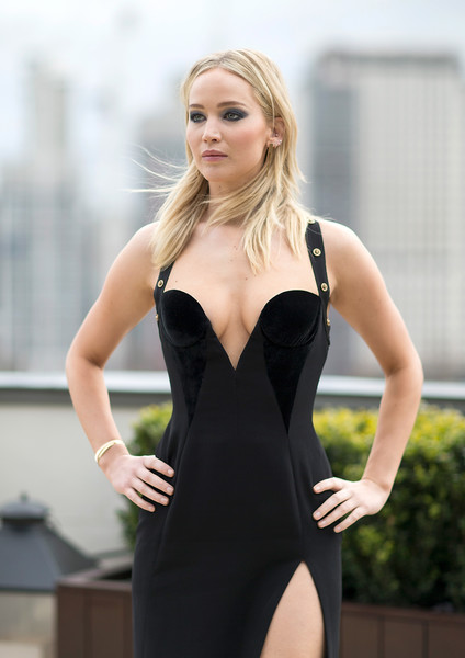 Jennifer+Lawrence+Red+Sparrow+Photocall+SRzgjEQegbTl