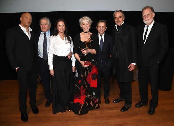 Robert+De+Niro+45th+Chaplin+Award+Gala+Dinner+KheQA_D8_PLl