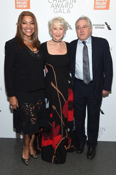 Robert+De+Niro+45th+Chaplin+Award+Gala+Inside+eqx_iNlB3mMl