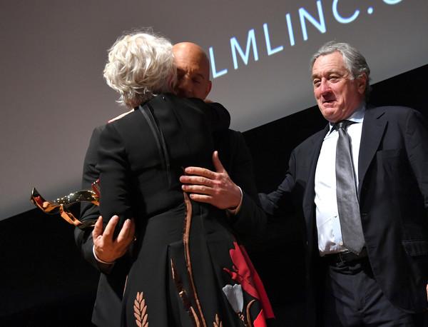 Robert+De+Niro+45th+Chaplin+Award+Gala+Show+Q3hGSkzsywjl