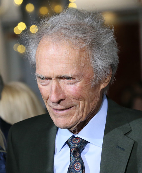 Clint+Eastwood+Warner+Bros+Pictures+World+U1rdN4Ig-5Dl