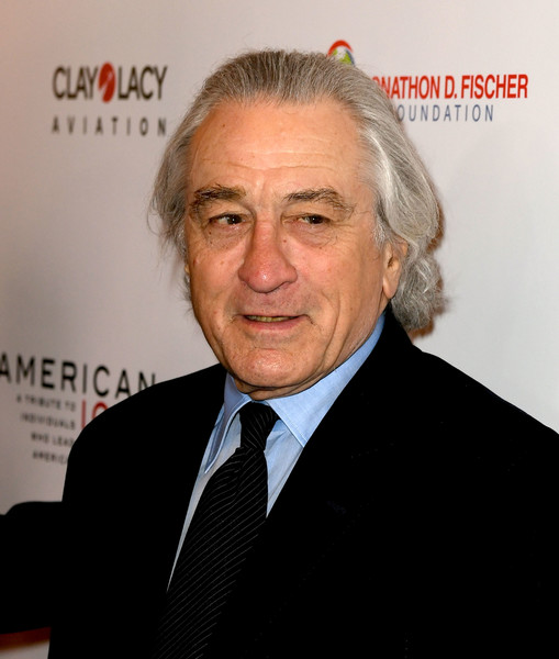 Robert+De+Niro+American+Icon+Awards+Red+Carpet+Qixquix5f6ol