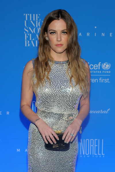 Riley+Keough+11th+Annual+UNICEF+Snowflake+7YpFEKm06nSl