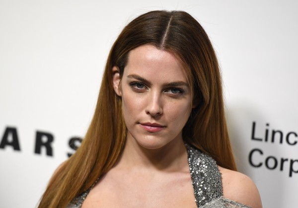 Riley+Keough+Evening+Honoring+Louis+Vuitton+Ihpcsks7ux0l