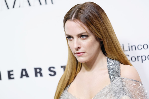 Riley+Keough+Evening+Honoring+Louis+Vuitton+Rr1laKN2BvXl