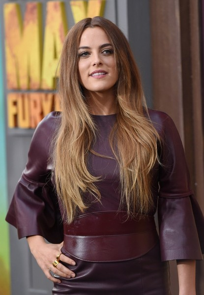 Riley+Keough+Mad+Max+Fury+Road+Premiere+Red+S67085vQbvRl