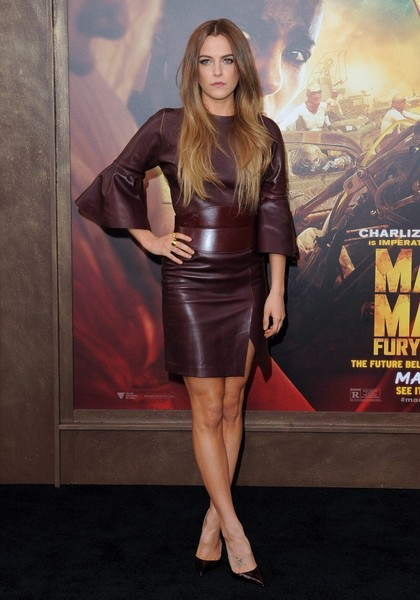 Riley+Keough+Mad+Max+Fury+Road+Premiere+Red+Ulk9BKZjZfnl