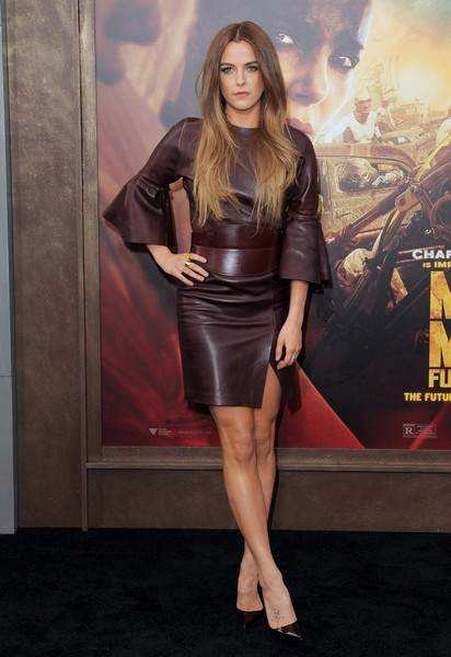 Riley+Keough+Mad+Max+Fury+Road+Premiere+Red+gGsWWYtgNQDl