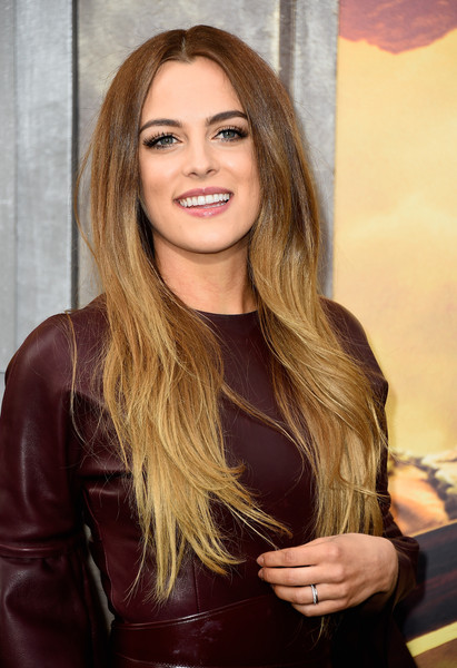 Riley+Keough+Premiere+Warner+Bros+Pictures+KaS4qLzYHaFl