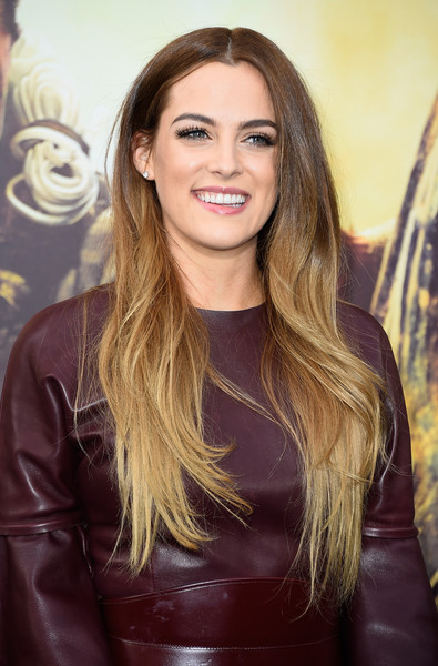 Riley+Keough+Premiere+Warner+Bros+Pictures+Z3fcF-vReQcl