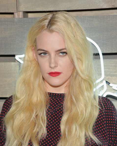 Riley+Keough+Star+Studded+Summer+Party+NYC+SyZoQTsiZjrl