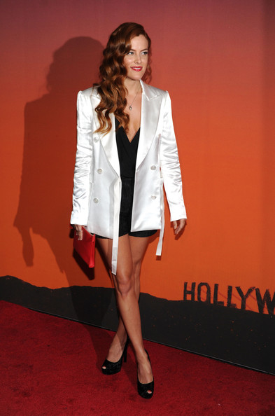 Riley+Keough+Stars+Whitney+Gala+Studio+Party+HPwdskaUJ7Gl