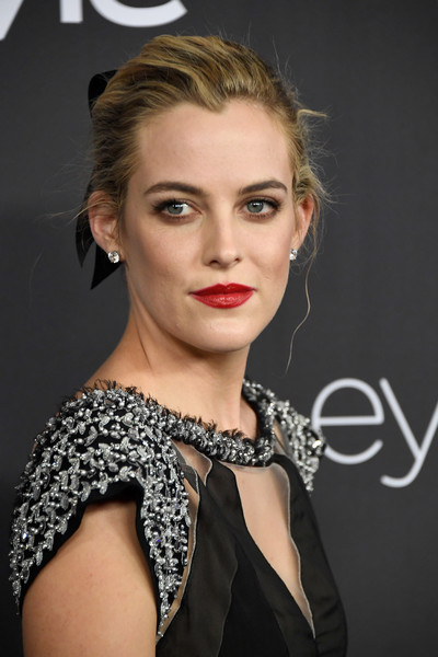 Riley+Keough+Warner+Bros+Pictures+InStyle+m-ZXBDaTOm5l