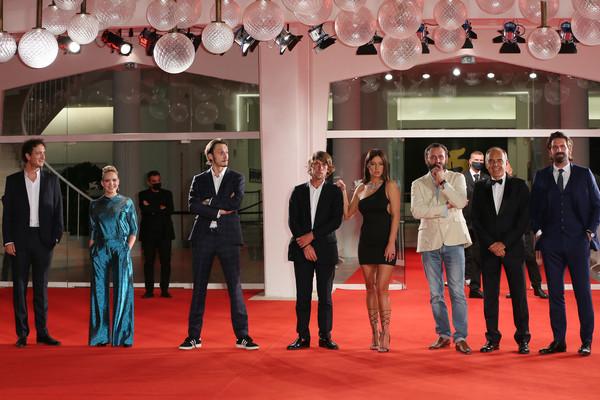 Adele+Exarchopoulos+Mandibules+Red+Carpet+ZQNXTexO5v9l
