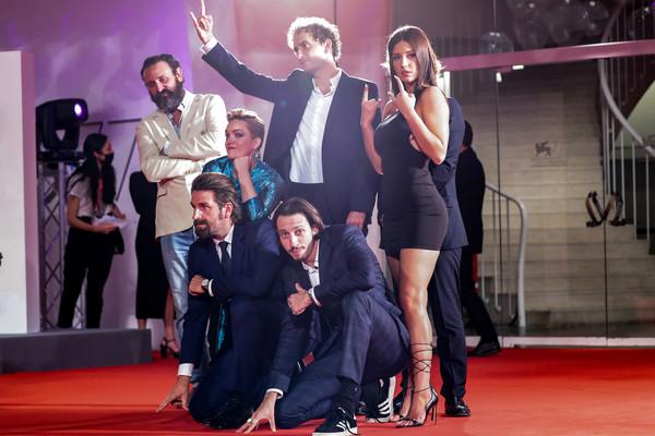 Adele+Exarchopoulos+Mandibules+Red+Carpet+chrGT2WpTKKl