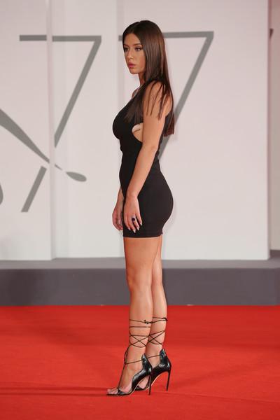 Adele+Exarchopoulos+Mandibules+Red+Carpet+kHC8vaGQrG0l