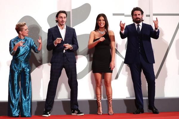 Adele+Exarchopoulos+Mandibules+Red+Carpet+wOaITYT8Y1Cl