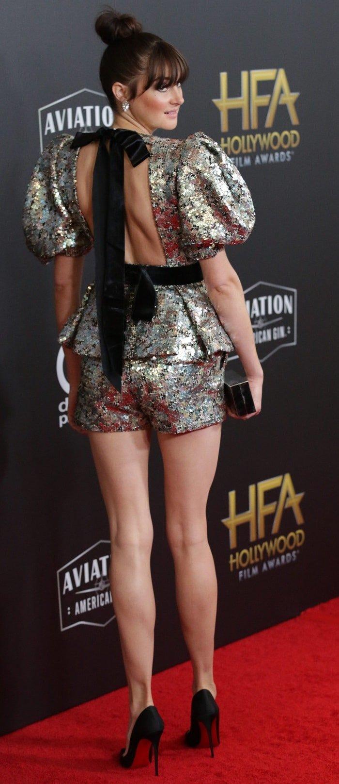 Shailene-Woodley-sexy-legs