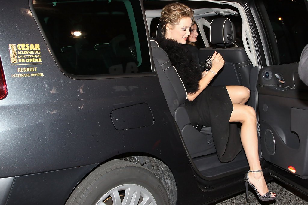 Virginie+Efira+Renault+Arrivals+Cesar+Film+oWXyEFbnUcYx