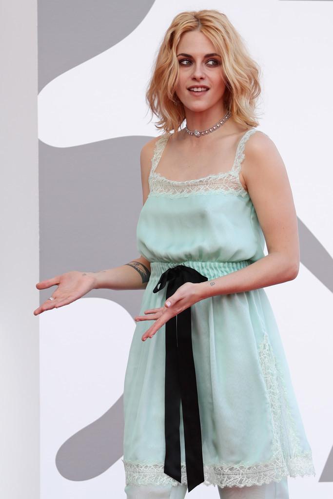 Kristen+Stewart+Spencer+Red+Carpet+78th+Venice+odHJAnm4XICx