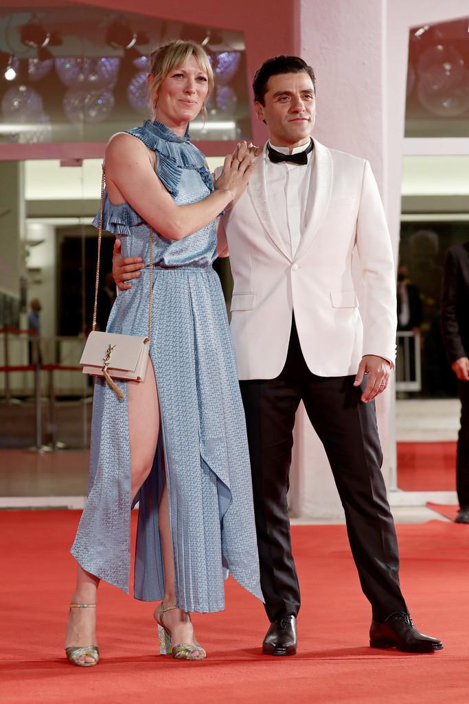 Oscar+Isaac+Card+Counter+Red+Carpet+78th+Venice+fSDTCKI8yZKx